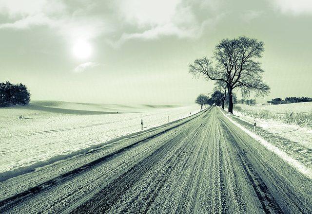 塩カル 融雪剤 車 影響